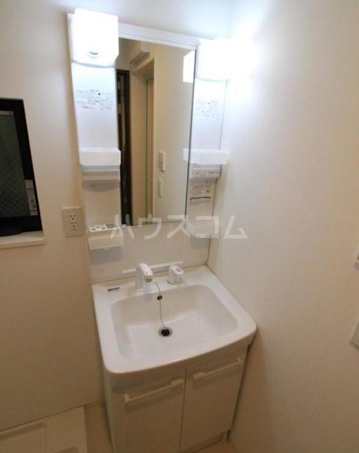 イデアル学芸大学 106号室の洗面所