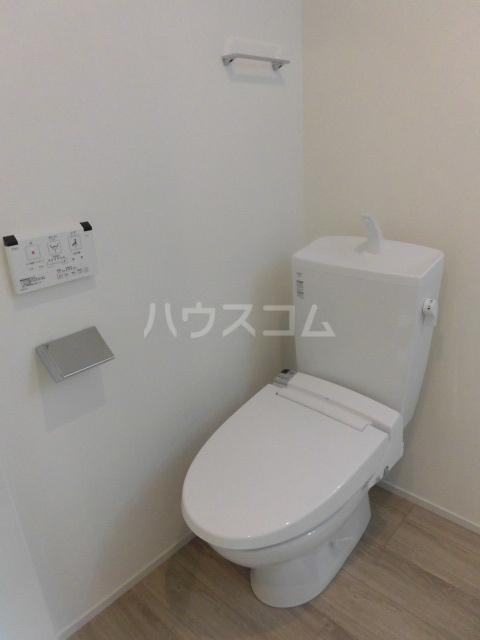 エルスール都立大学 203号室のトイレ