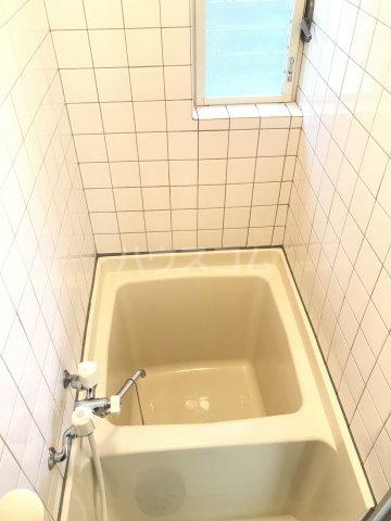 タウンハウス1番館 103号室の風呂