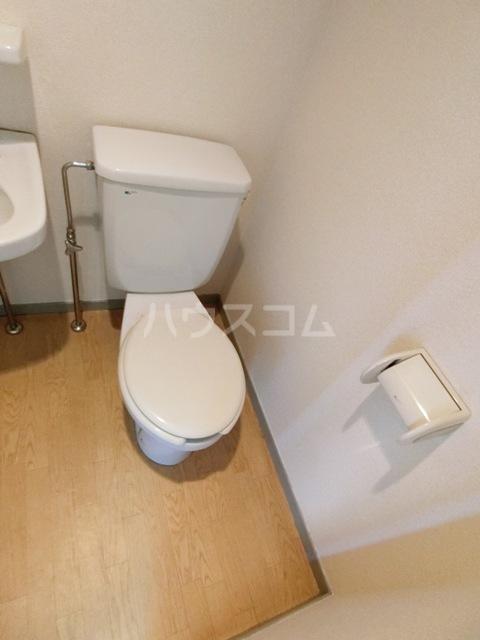 スペーステック松島 606号室のトイレ