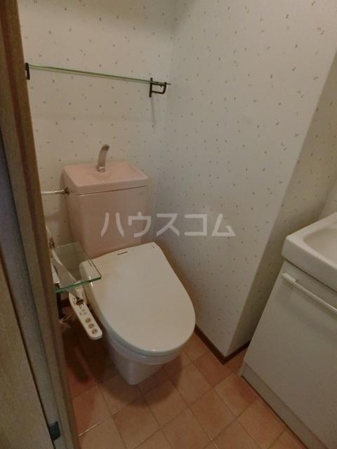 ダイナコートエスタディオ東公園 602号室のトイレ