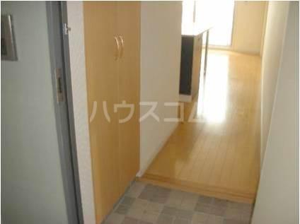 サヴォイバルビゾン 405号室の玄関