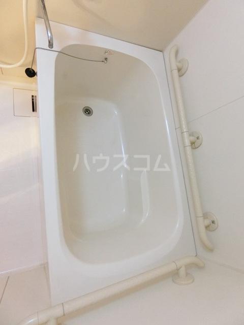 グラシャス'97 702号室の風呂