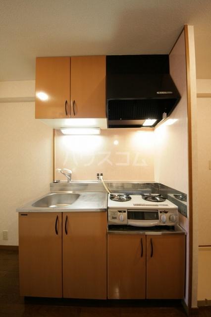 サークルフロント 203号室のキッチン
