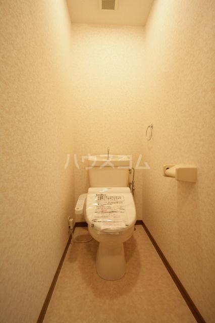 サークルフロント 203号室のトイレ