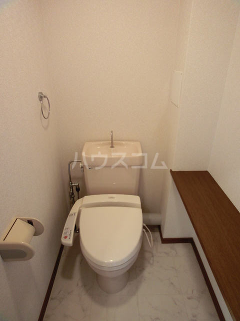 リバーサイド篠栗 402号室のトイレ