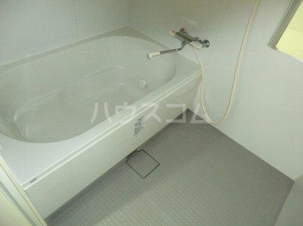 プレミアムワン 701号室の風呂