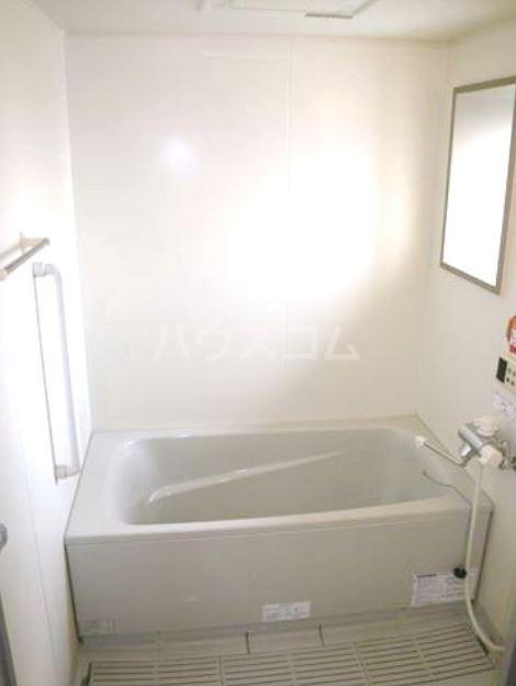 ボヌール・ヴィー篠栗 403号室の風呂