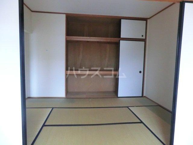 レジデンス・ウィステリア24 205号室の収納