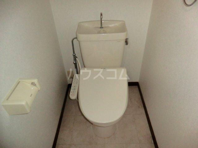 レジデンス・ウィステリア24 402号室のトイレ