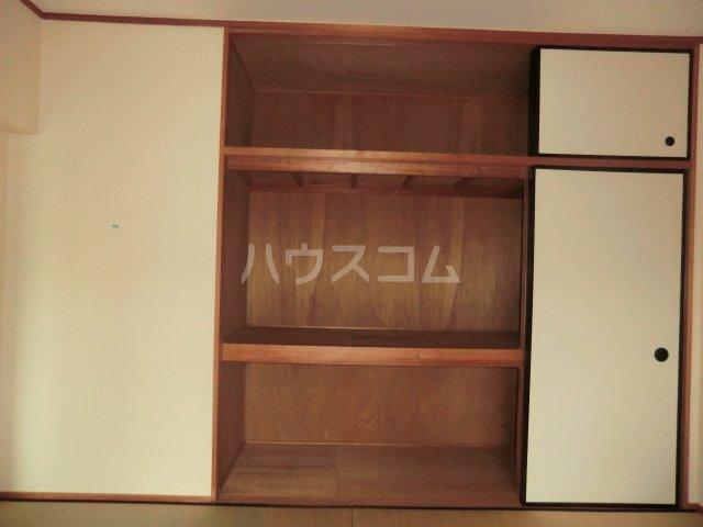 レジデンス・ウィステリア24 402号室の収納