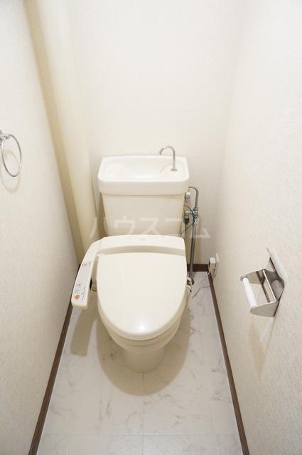 ファミール篠栗 405号室のトイレ