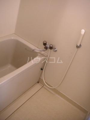 ガーデンハイツ志免 302号室の風呂