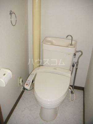 ガーデンハイツ志免 302号室のトイレ