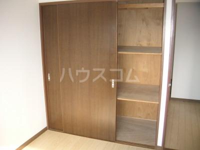ガーデンハイツ志免 302号室の収納