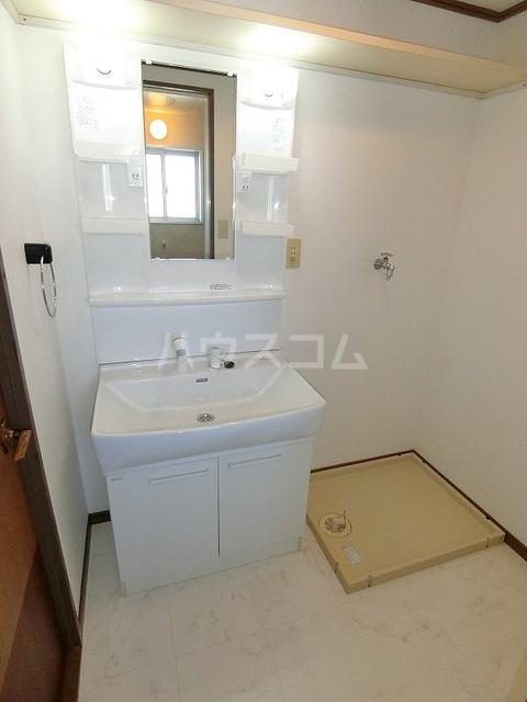 サンハイツKUDO 405号室の洗面所