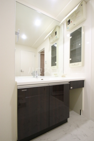 リーブル博多駅前 1005号室の洗面所