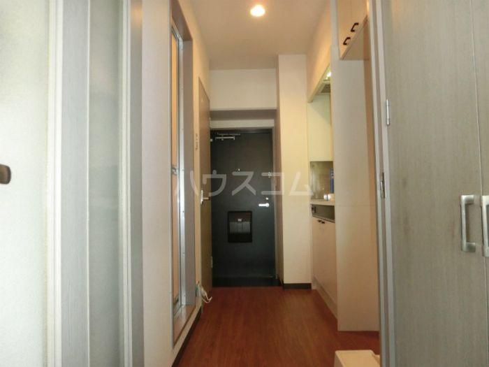 リファレンス吉塚 705号室の玄関