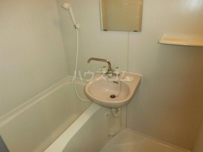 リファレンス吉塚 705号室の風呂