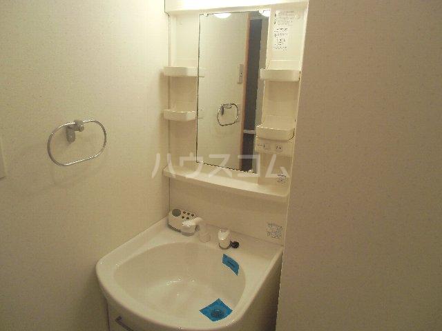 CASSIOPEIA HAKOZAKI 805号室の洗面所