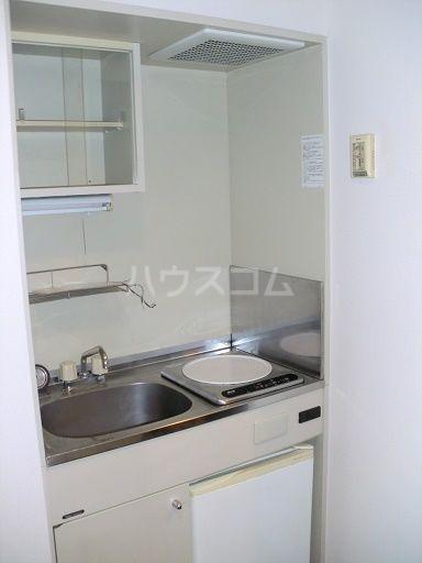 ライオンズステーションプラザ箱崎 1105号室のキッチン