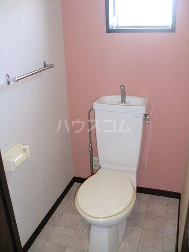 ライオンズステーションプラザ箱崎 1105号室のトイレ