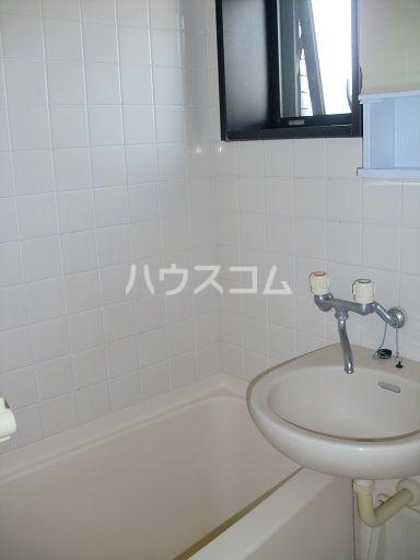 ライオンズステーションプラザ箱崎 1105号室の洗面所