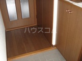 プロニティ・S 206号室の玄関
