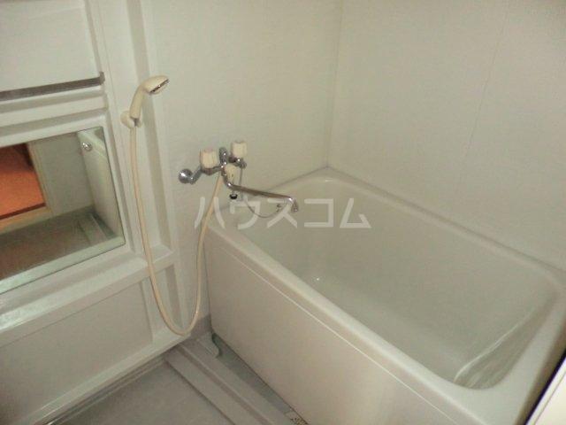 グランディール内橋 B102号室の風呂