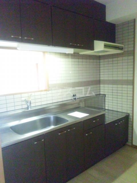 プレミール須恵 103号室のキッチン