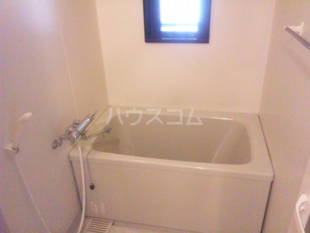 プレミール須恵 103号室の風呂