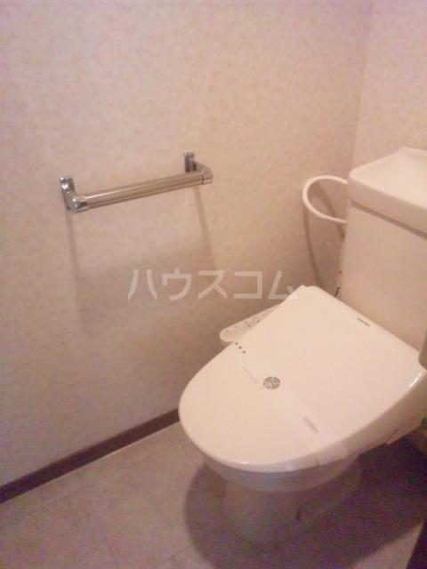 プレミール須恵 103号室のトイレ