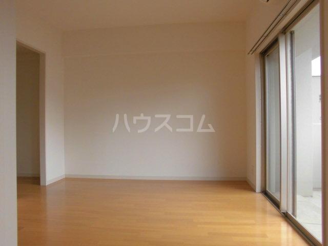 ロイヤルステージ吉塚 205号室のベッドルーム