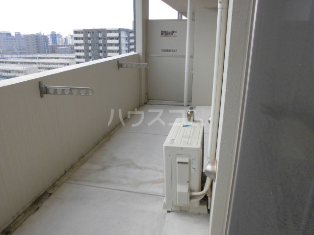 ロイヤルステージ吉塚 806号室のバルコニー