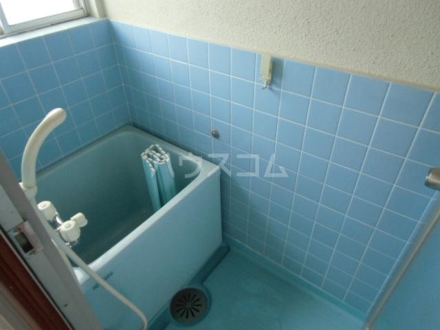 コーポ浜地 201号室の洗面所