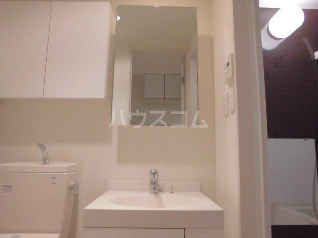 エスポワール博多 201号室の洗面所