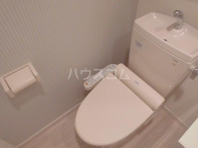 エスポワール博多 201号室のトイレ