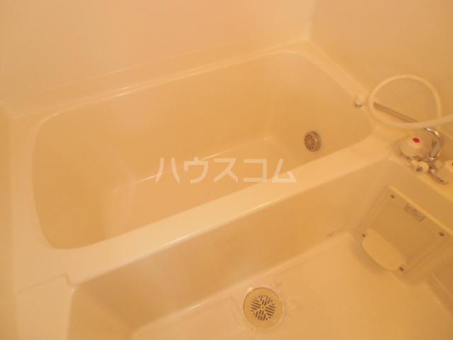 ソリエーヴォ県庁前 403号室の風呂