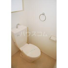 フレンドリー箱崎 103号室のトイレ