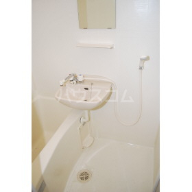 フレンドリー箱崎 103号室の風呂