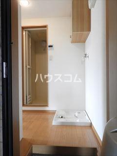 ソフィー箱崎 205号室の玄関