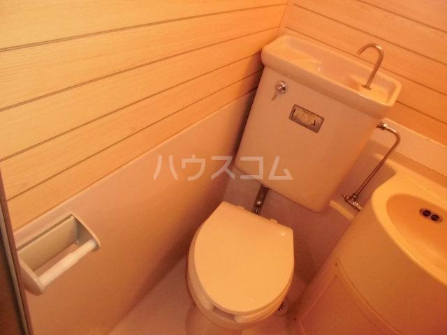 渕野ビル 402号室のトイレ