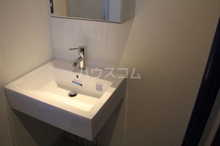 八昭ビル 502号室の洗面所