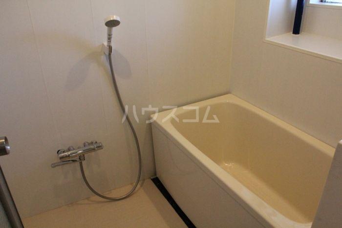 八昭ビル 502号室の風呂
