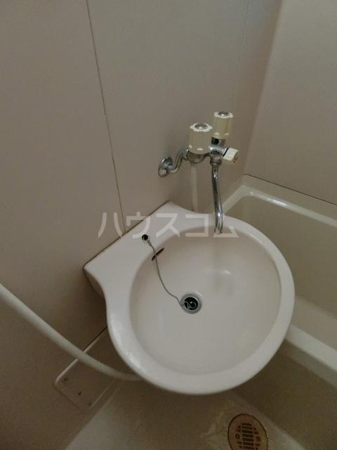 ラピス博多駅東 701号室の洗面所