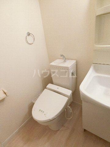 レジデンス箱崎 704号室のトイレ