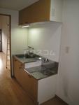 ルミエール・ドゥ 103号室のキッチン