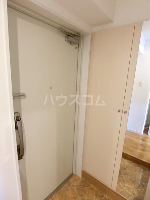 第34川崎ビル 405号室の玄関