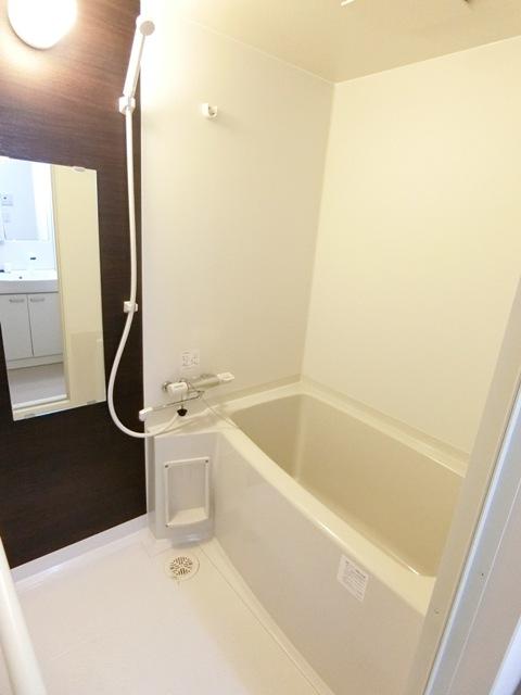 バーンメアオ チットロム 101号室の風呂