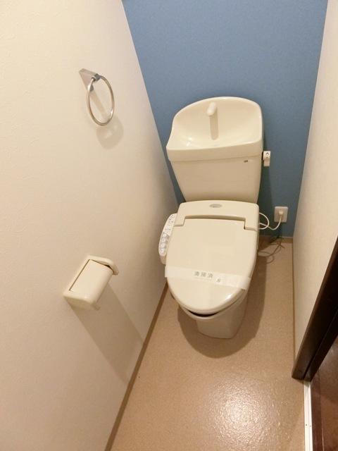 バーンメアオ チットロム 101号室のトイレ
